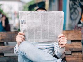 Gazete Okuyan Adam